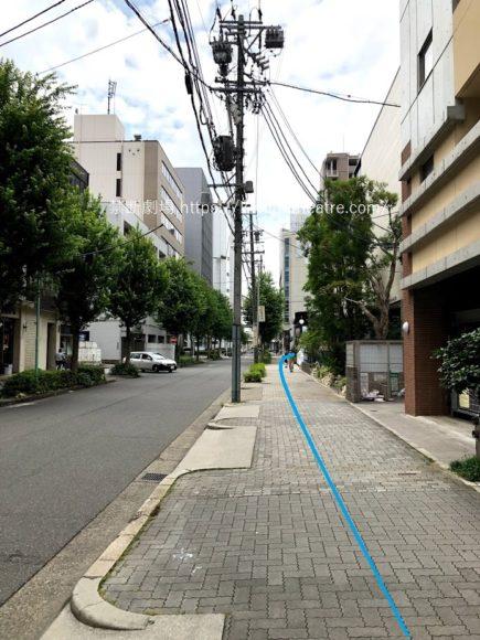 ローソンから名古屋四季劇場への歩道